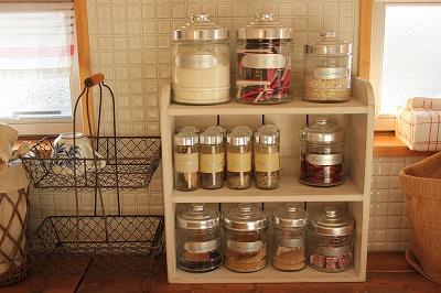 一人暮らし 調味料 便利 おすすめ 必要 サイズ 収納