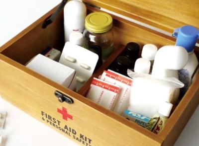 一人暮らし 最低限必要なもの 薬箱